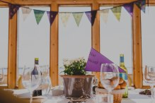 bunting-table-background