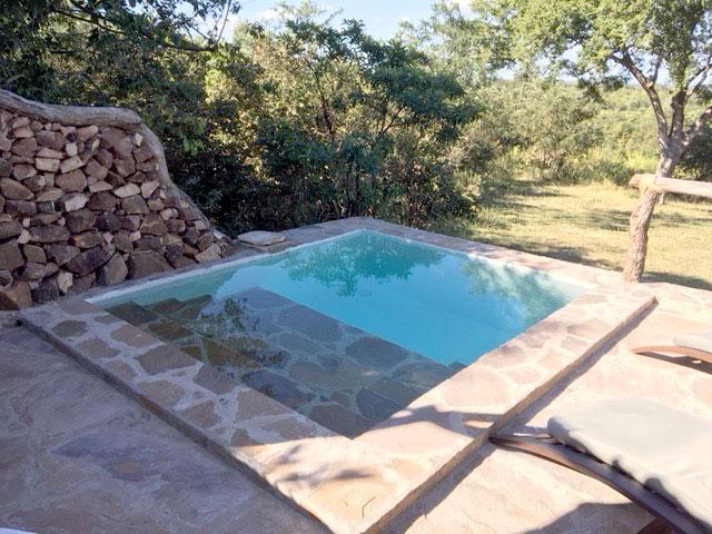 plunge-pool